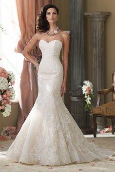Brautkleider – Hochzeitskleider im Brautmodegeschäft Stuttgart