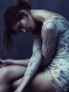 Paolo Roversi, Vogue Italia April 2010 | fashion editorial | sadness | solitude | alone | crying | depression | pondering