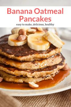 These healthy oatmeal and banana pancakes are filling, easy to make, and taste delicious! Made without refined sugar, these pancakes are packed with banana flavor. #breakfast #freezerfriendly #kidfriendly #makeahead #quickandeasy Oatmeal Pancakes Easy, Banana Oat Pancakes, Breakfast Pancakes, Quick Healthy Meals, Healthy Eating, Delicious Breakfast Recipes, Yummy Food, Brunch Casserole, Banana Recipes