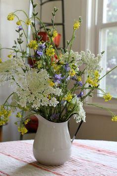 Wildflower bouquet in VTG Swedish pitcher. Wildflower bouquet in VTG Swedish pitcher. Fresh Flowers, Spring Flowers, Wild Flowers, Beautiful Flowers, Spring Bouquet, Spring Wildflowers, Beautiful Flower Arrangements, Floral Arrangements, Country Flower Arrangements