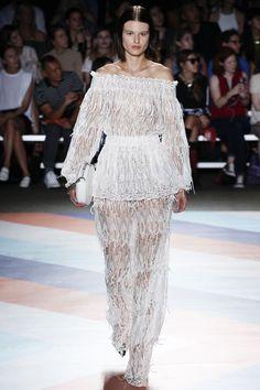 Christian Siriano Spring 2017 Ready-to-Wear Collection - Vogue Fashion Week 2016, Fashion 2017, Runway Fashion, Spring Fashion, Fashion Weeks, Christian Siriano, Dope Fashion, Fashion Photo, Going Out Outfits