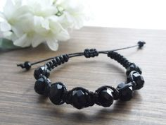 Shambala com cristais pretos