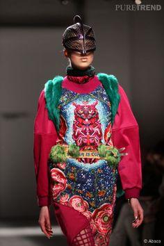 b0a1e85626d22 Défilé Manish Arora Automne-Hiver 2015 2016. Mode Baroque, Automne Hiver  2015