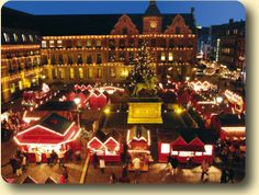 duesseldorf christmas market i really want to experience this .................... visited november 2013 :)  loved it xx