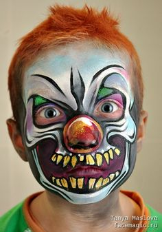 Clown skull. Face paint by Tanya Maslova.