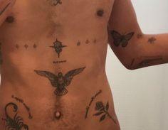 Pinning for eagle/bird on stomach Piercing Tattoo, Arm Tattoo, Sleeve Tattoos, Piercings, Bicep Tattoo Men, Body Art Tattoos, Tattoo Drawings, Small Tattoos, Future Tattoos