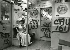 Bill Cunningham's New York. (Source: http://flavorwire.com/434923/iconic-fashion-photographer-bill-cunninghams-whimsical-photos-of-vintage-new-york/)