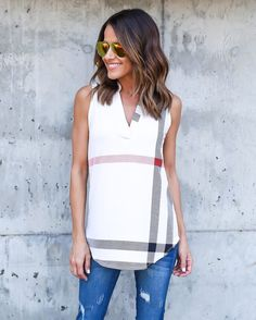 Women T Shirt Tops Sleeveless V Neck Checker Print Lady Sexy Fit Fashion White Casual Stylish Summer Chic Camisetas Mujer Blusas Casual Outfits, Cute Outfits, Moda Casual, White Casual, Spring Summer Fashion, Summer Chic, Fitness Fashion, Passion For Fashion, Dame
