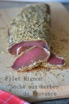 Filet mignon dried with herbs . Tapas, Cooking Time, Cooking Recipes, Fingers Food, Snacks, Food Inspiration, Love Food, Food Porn, Brunch