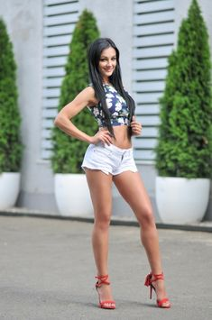 hot-girls-ukrainian-big-tit-divya-dutta-almost-nude