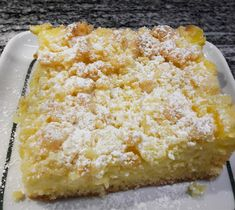 (I used half the amount of all the specified ingredients for a small baking sheet for 6 pieces Sock It To Me Cake Recipe, Easy Vanilla Cake Recipe, Custard Powder, Homemade Cake Recipes, Food Cakes, Food Items, Food And Drink, Easy Meals, Treats