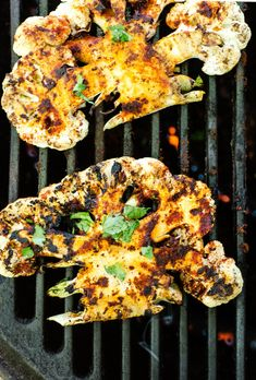Grilled Chipotle Lime Cauliflower Steaks - 15 Amazing Barbecue Recipes For Vegetarians - Photos (Vegan Bbq Menu) Steak Recipes, Grilling Recipes, Cooking Recipes, Grilling Ideas, Bbq Ideas, Barbecue Recipes, Vegan Grill Recipes, Chipotle Recipes, Outdoor Grilling