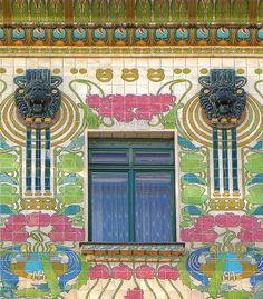 VIENNA, Austria; Majolica House; Otto Wagner, Architect, 1899 https://aboutartnouveau.wordpress.com/2012/11/28/vinkovci-croatia/majolica-house-detail/