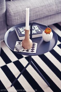 Via Le Butik Sofie | Black White Grey | Ikea Rand | Hay DLM Table