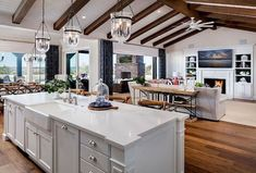 Elegant Open Concept Kitchen And Dining Room Design Ideas. Below are the Open Concept Kitchen And Dining Room Design Ideas. This post about Open Concept Kitchen And Dining Room Classic Kitchen, Farmhouse Style Kitchen, Modern Farmhouse Kitchens, Kitchen Modern, Open Kitchens, Rustic Farmhouse, Country Kitchen, Farmhouse Sinks, Kitchen Small