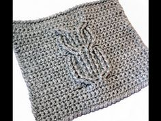 Cable crochet owl washcloth, dishcloth. Or this could be used as a crochet square motif!    :)