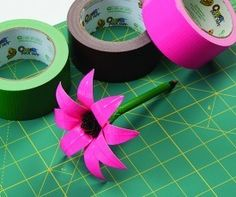 Duck Tape Daisy Pen