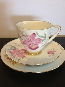 ANTIQUE  WESTMINSTER BONE CHINA TRIO / HIGH TEA SET EXCELLENT CONDITION