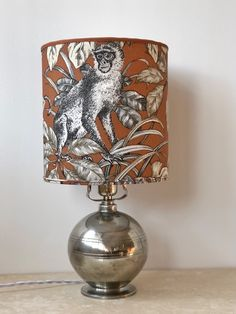 A Swedish Modern spherical pewter table lamp with a series of horizontal groves. (Guldsmedsaktiebolaget), circa condition with light w Pewter Art, Art Deco Table Lamps, Mid-century Modern, Modern Table, Scandinavian Modern, Lamp Bases, Mid Century, Studio, Home Decor