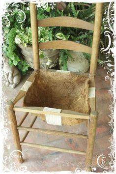 Garden Whimsy, Garden Art, Beer Garden, Vegetable Garden, Garden Yard Ideas, Garden Projects, Easy Garden, Old Chairs, Outdoor Chairs