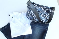 Sunday Funday Outfit!  Tee, denim and a wow handbag!