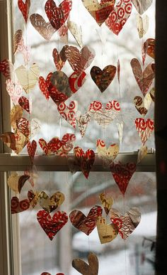 valentine garland from grocery bags