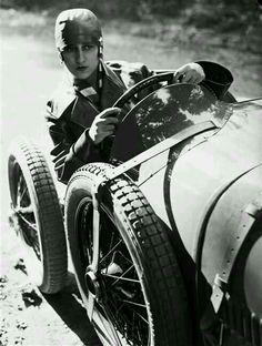 Bugatti, 1828