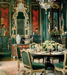 Getty home; San Francisco - The dining room's circa-1720 Chinoiserie panels were originally made for the king of Poland. <3 Harpers Bazaar, usa