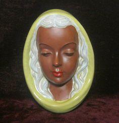 http://www.ebay.de/itm/WANDMASKE-Frauengesicht-Goldscheider-/131485244548?pt=LH_DefaultDomain_77