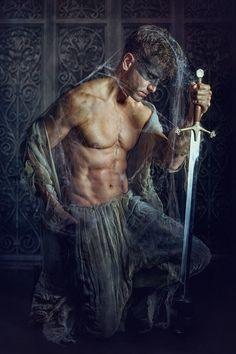"""""""Guardian"""" — Photographer: Elisabeth Hackmann Model: Male-Efficient by Rames"""