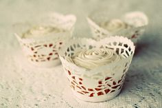 DIY Cupcake Wrappers Made from Doilies