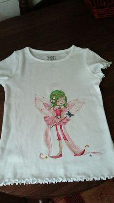 Camiseta infantil pintada a mano.
