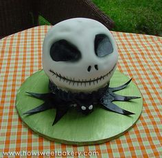 jack skellinton cake have to make this!!!