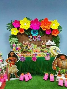 Moana table main table set up Moana Birthday Party Theme, Moana Themed Party, Moana Party, Luau Birthday, Luau Party, 3rd Birthday Parties, Beach Party, Festa Moana Baby, Hawaiian Theme