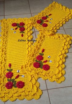 Crochet Flower Patterns, Crochet Doilies, Crochet Flowers, Knit Crochet, Crochet Sweater Design, Toilet Decoration, Rugs On Carpet, Diy And Crafts, Crochet Necklace