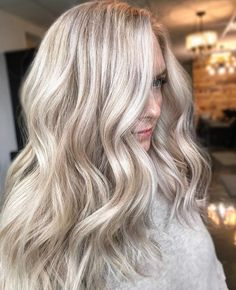 Sandy pearly blonde,blonde hair color with highlights,blonde hair color ideas, hair color