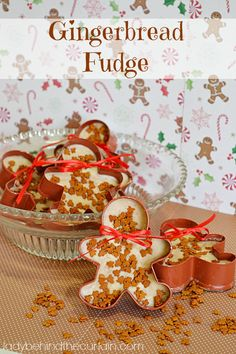 This gingerbread fudge has all the spices that can be found in gingerbread. For a unique gift, I'll show you how to fill gingerbread cookie cutters with t