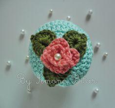<3 Lindo Cupcake para enfeitar a casinha da Fernanda \o/\o/\o/ Quer saber mais? Vem aqui: http://recantodasborboletas-simoninha.blogspot.com.br/ E se quer encomendar o seu, vem aqui: http://recanto.loja2.com.br/