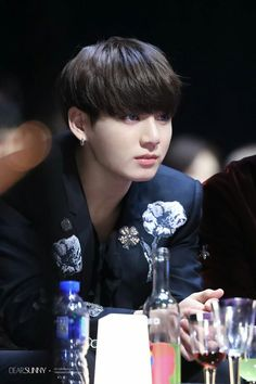 "•161202 BTS' JUNGKOOK @ MAMA 2016 || They won ""Best dance performance male group"" and Daesang ""ARTIST OF THE YEAR"""