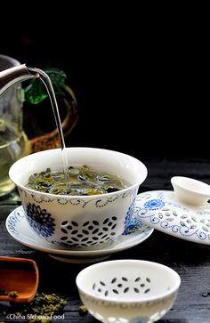 Tie Guan Yin, oolong Tea, China Sichuan Food (Guan Yin ou déesse de la compassion)