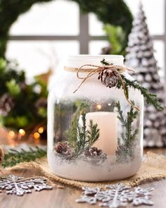 Ways To Use Candles For Christmas Season 25 Pretty Christmas Makeup Ideas. Christmas Mason Jars, Christmas Candles, Noel Christmas, Christmas Centerpieces, Christmas Ornaments, Diy Ornaments, Angel Ornaments, Christmas Design, Winter Christmas