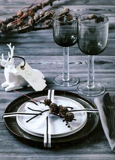 Black And White Style For Christmas Celebration With Rustic Christmas Table Setting Which Has Plates Glass Deer Ornaments As Decoration Photograph Inspiring Rustic Table Setting for Christmas Celebration Wallpaper Dining Room Image. Home Interior Design