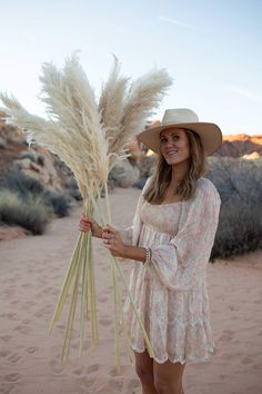 New! PAMPAS GRASS ( 6 Stem)- Sort 6-small Herbal - LUXE B OFFICIAL