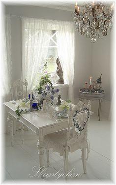 white dinning room