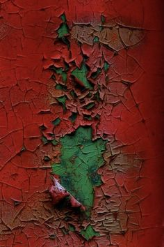 Painting Abstract Green Colour Ideas For 2019 Green Colors, Red Green, Colours, Arte Tribal, Peeling Paint, Texture Art, Shades Of Red, Wabi Sabi, Belle Photo
