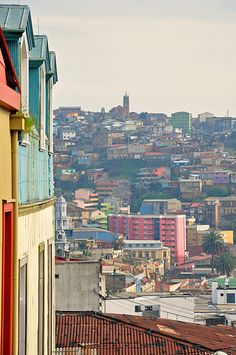 Valparaiso Cityscape, Chile. This is about to be mi casa for a year!