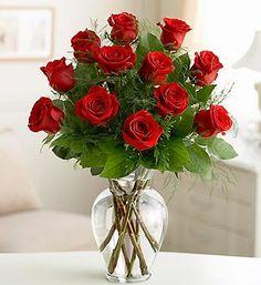 Long stem in vase for elegant Valentine's