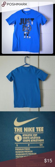"""Boys Nike """"JUST DO IT."""" Tee Great Condition Boys Nike Tee with NO DAMAGES!!!! Nike Shirts & Tops Tees - Short Sleeve"""