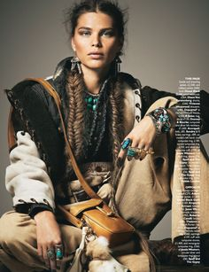 Amazing mix of textures and feelings in this boho chic look. Love the ethnic turquoise jewelry! #bohemian