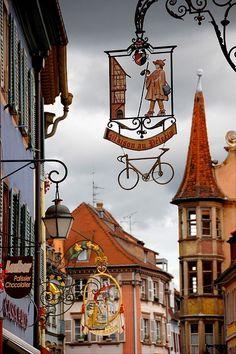 """Maison au Pélerin"" [The Pilgrim House - *Colmar, France*]~[Photo by Colmar, Alsace, France Places To Travel, Places To See, Vila Medieval, Ville France, France Art, Belle Villa, Store Signs, France Travel, Wonders Of The World"